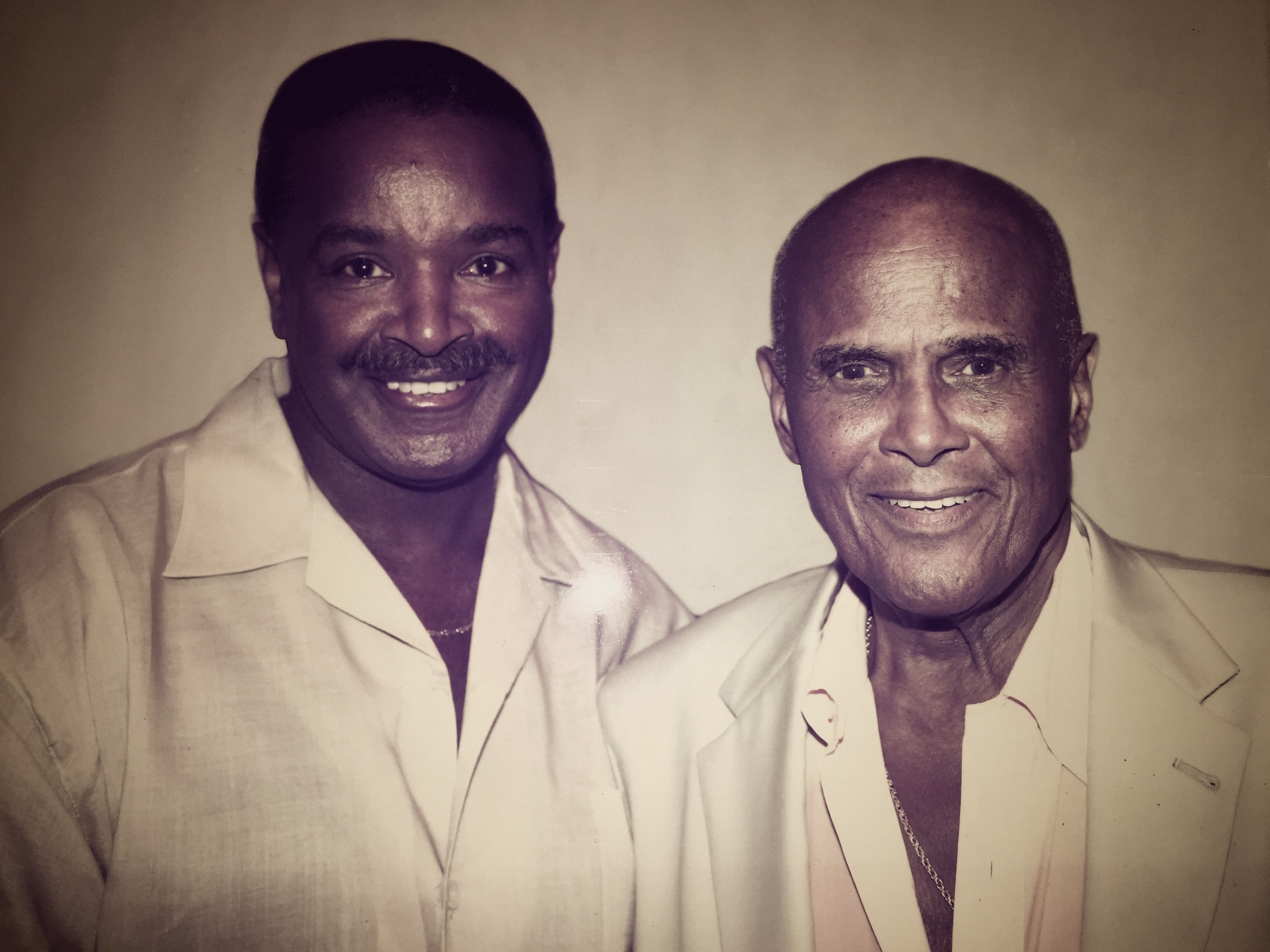 http://geoffreyslive.com/wp-content/uploads/2017/02/Geoffrey-Pete-and-Harry-Belafonte.jpg